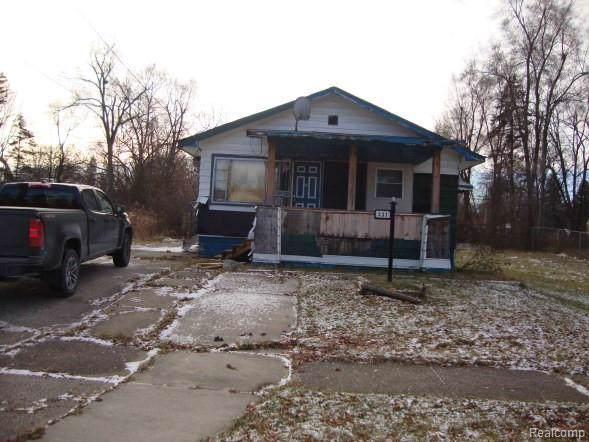 331 W Flint Park Boulevard, Flint, MI 48505 (MLS #2200002513) :: The Toth Team