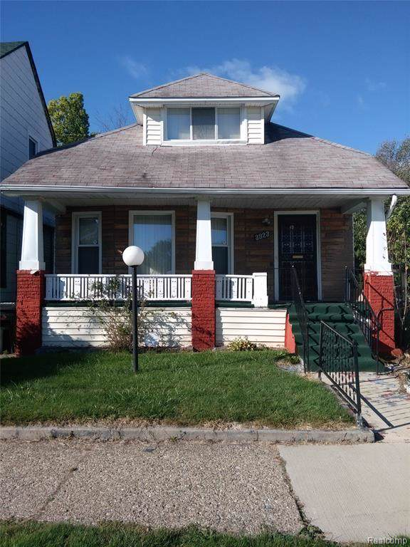 38612 birch meadow Montclair, Detroit, MI 48214 (#2200005748) :: The Alex Nugent Team | Real Estate One