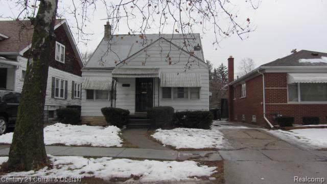 7366 Auburn Street, Detroit, MI 48228 (#2200005937) :: GK Real Estate Team