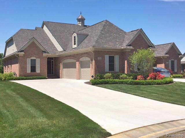 5200 Brecon Court, Oakland Twp, MI 48306 (#2200006254) :: The Buckley Jolley Real Estate Team