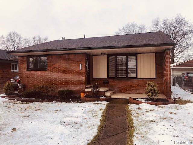 24417 Princeton Street, Saint Clair Shores, MI 48080 (#2200006762) :: GK Real Estate Team