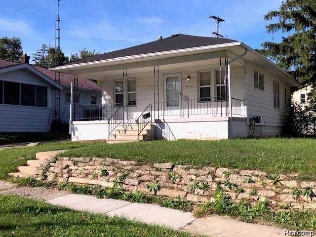 1822 Monteith Street, Flint, MI 48504 (#2200009126) :: The Buckley Jolley Real Estate Team