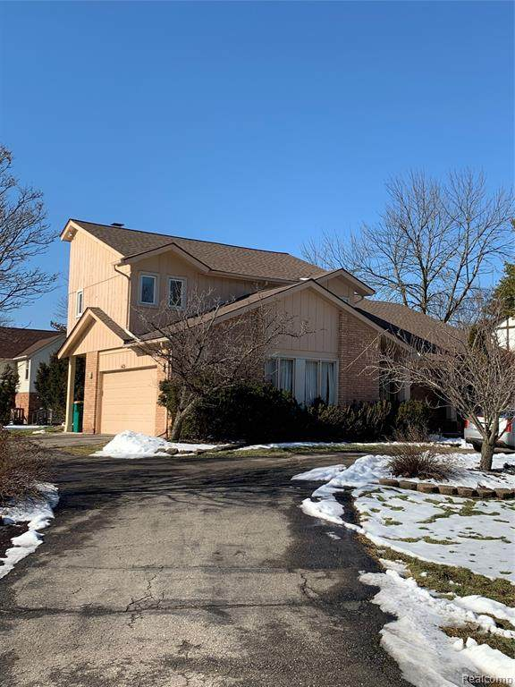 5424 High Court Way, West Bloomfield Twp, MI 48323 (#2200010511) :: The Buckley Jolley Real Estate Team