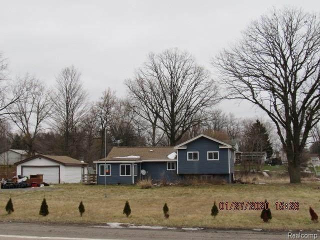 2514 N Genesee Road, Burton, MI 48509 (#2200011622) :: Springview Realty