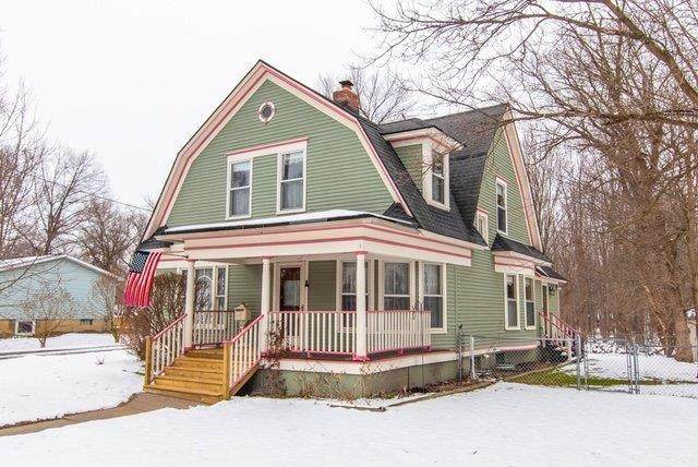 111 Madison St., Chelsea, MI 48118 (#543271135) :: The Buckley Jolley Real Estate Team