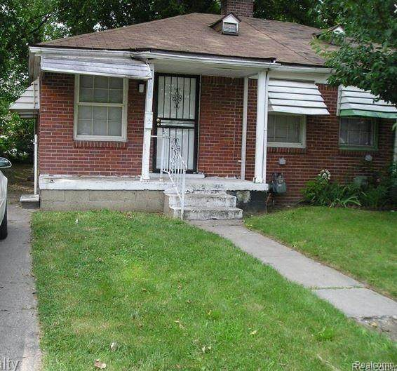 15083 Evergreen Road, Detroit, MI 48223 (#2200012508) :: The Buckley Jolley Real Estate Team