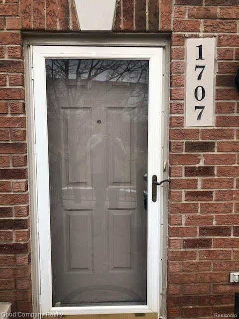 1707 Campau Farms Circle, Detroit, MI 48207 (#2200012814) :: The Buckley Jolley Real Estate Team