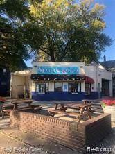 4506 W Jefferson Avenue, Ecorse, MI 48229 (#2200014303) :: Springview Realty