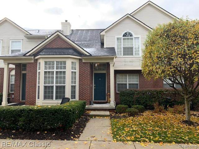 16202 Caitlin Circle, Commerce Twp, MI 48390 (#2200014519) :: The Buckley Jolley Real Estate Team