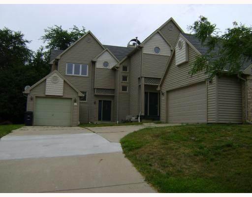 458 Village Oaks, Ann Arbor, MI 48103 (#543271395) :: The Buckley Jolley Real Estate Team