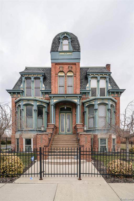 291 Edmund Place - Photo 1