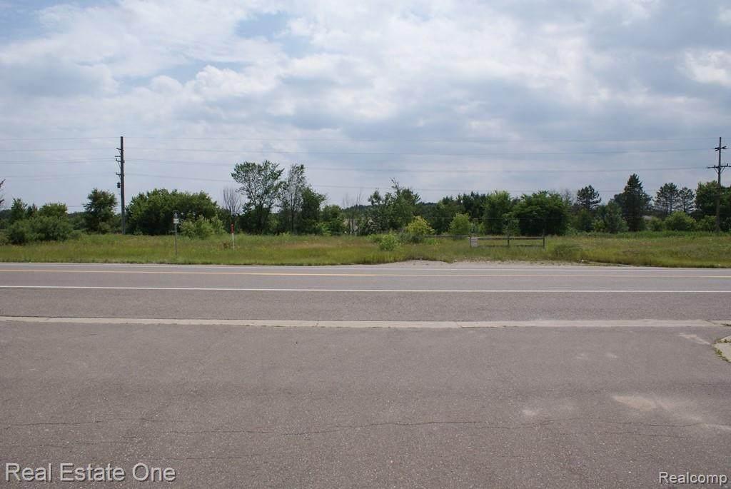 1600 Imlay City Road - Photo 1