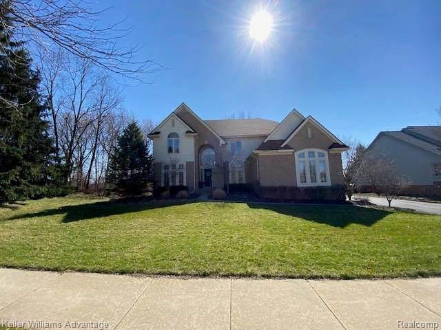 45549 Bristol Circle, Novi, MI 48377 (#2200024794) :: Duneske Real Estate Advisors