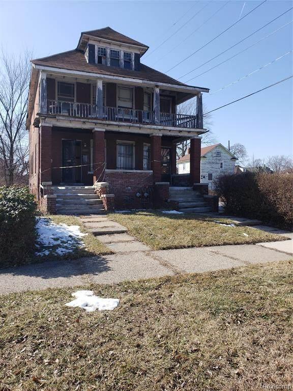 2275 Montclair Street, Detroit, MI 48214 (#2200025141) :: Alan Brown Group