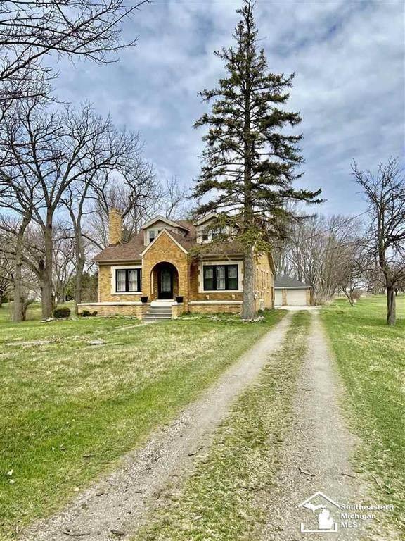 4382 S Custer Rd., Raisinville Twp, MI 48161 (#57050009309) :: Springview Realty