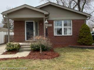 19921 Deering Street, Livonia, MI 48152 (#2200025420) :: GK Real Estate Team