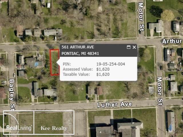 561 Arthur, Pontiac, MI 48341 (#58050009462) :: The Alex Nugent Team | Real Estate One