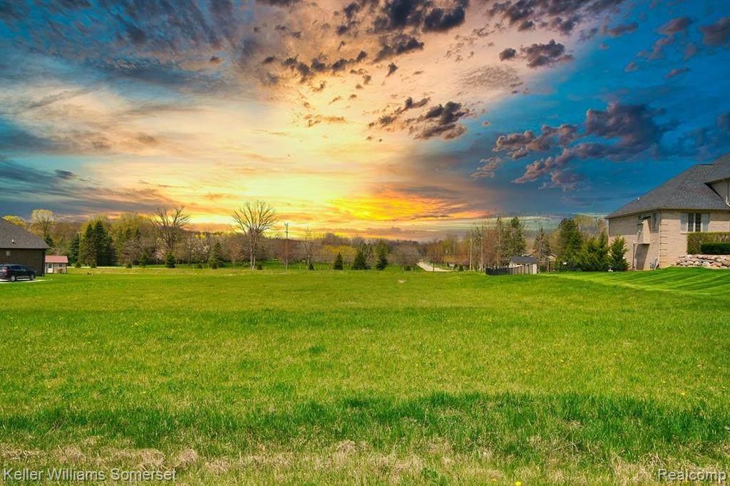 8167 Morningside Drive - Photo 1