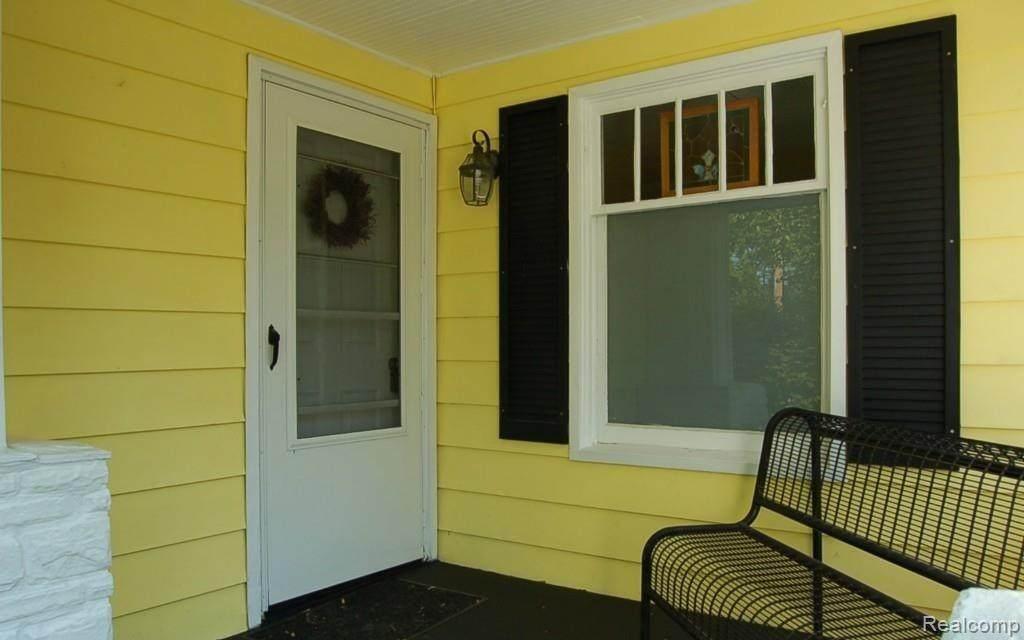 3580 Oakview Road - Photo 1
