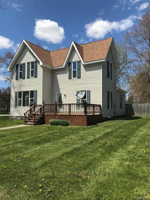 6642 Marlette Street, Marlette, MI 48453 (MLS #2200033512) :: The Toth Team