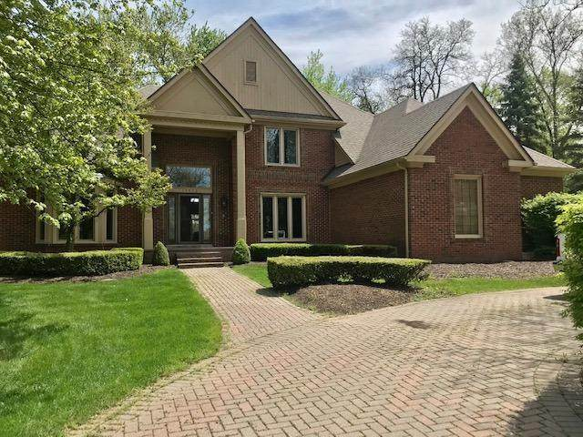13532 Canterbury Court, Plymouth Charter Township, MI 48170 (#543273141) :: The Mulvihill Group