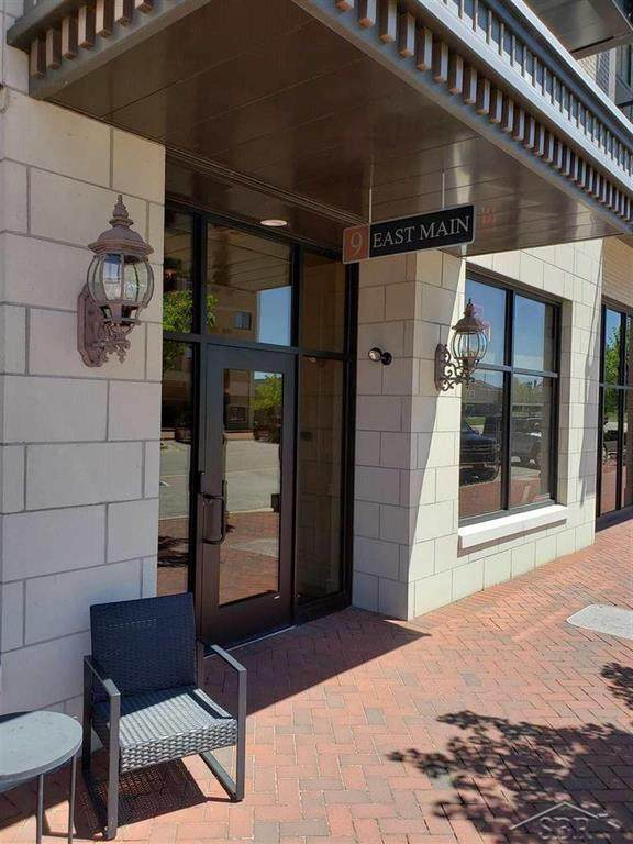 9 E Main St.  Unit #306 #306, Bay City, MI 48708 (MLS #61050012071) :: The John Wentworth Group