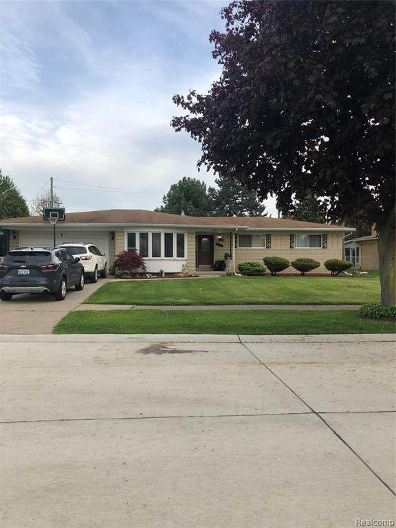 11580 Anna Lisa Drive, Sterling Heights, MI 48312 (MLS #2200036356) :: The John Wentworth Group