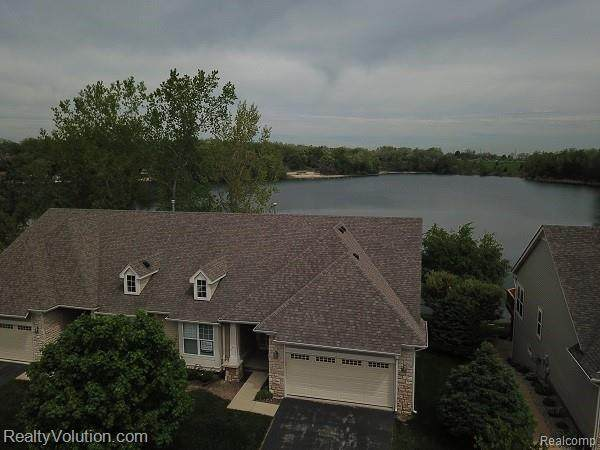 130 Stony Lake Drive, Oxford Twp, MI 48371 (#2200037901) :: The Merrie Johnson Team