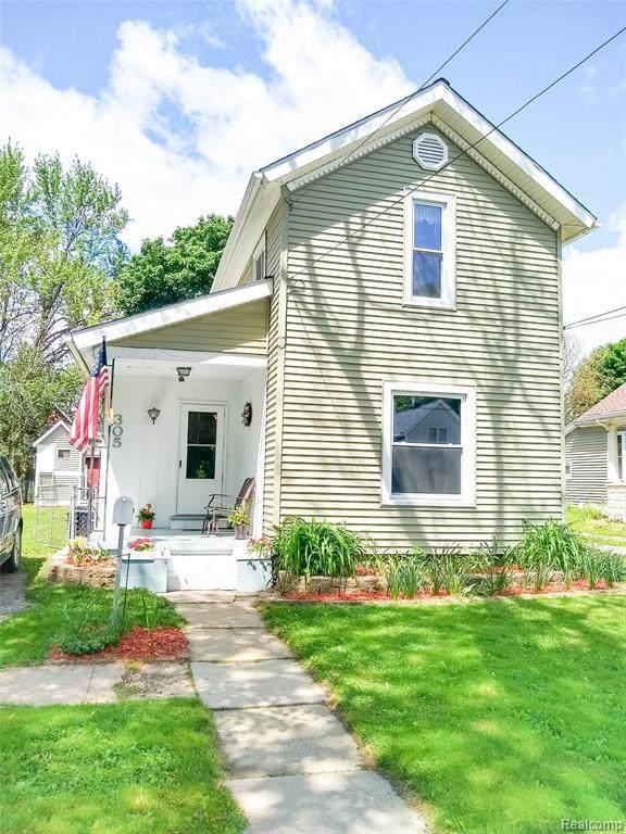 305 N Marquette Street, Durand, MI 48429 (#2200038403) :: Keller Williams West Bloomfield