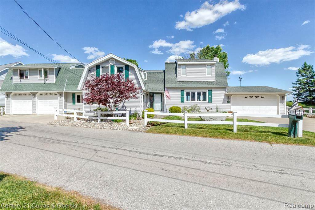 10644 Lakeside Drive - Photo 1
