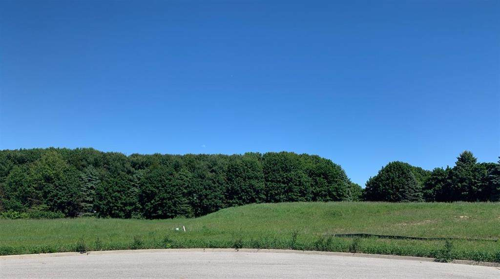 4 York Crest Drive - Photo 1