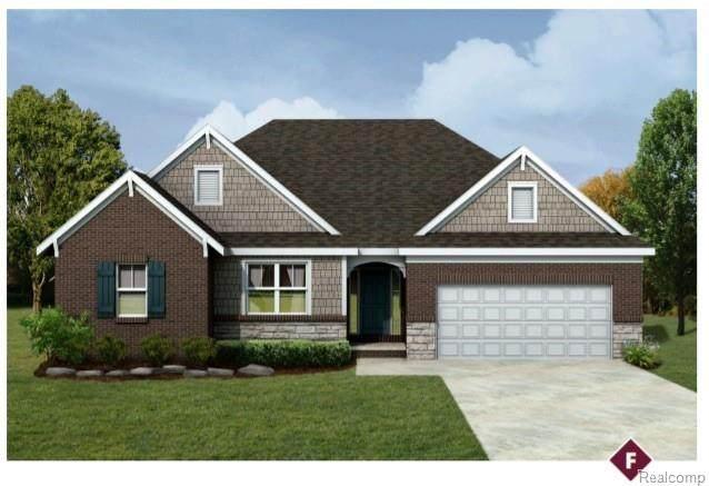 2421 Perry Lake Road, Brandon Twp, MI 48462 (#2200049179) :: Novak & Associates