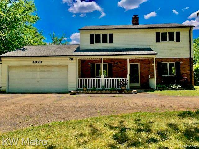 4020 Woodcroft Street, White Lake Twp, MI 48383 (#2200050969) :: RE/MAX Nexus