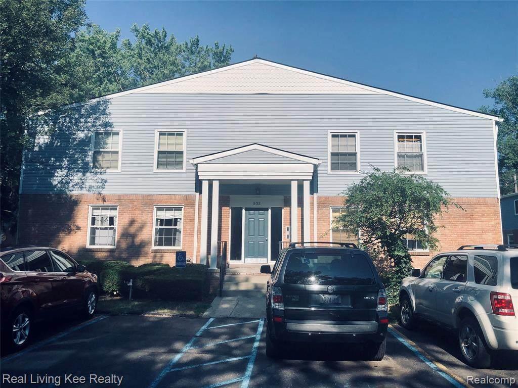 505 University Drive - Photo 1