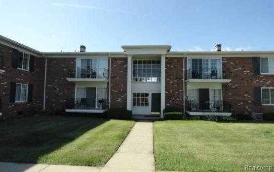 500 Fox Hills Drive N #8, Bloomfield Twp, MI 48304 (#2200052848) :: GK Real Estate Team