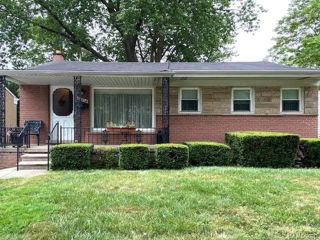 28214 Lorenz Street, Madison Heights, MI 48071 (#2200054069) :: GK Real Estate Team