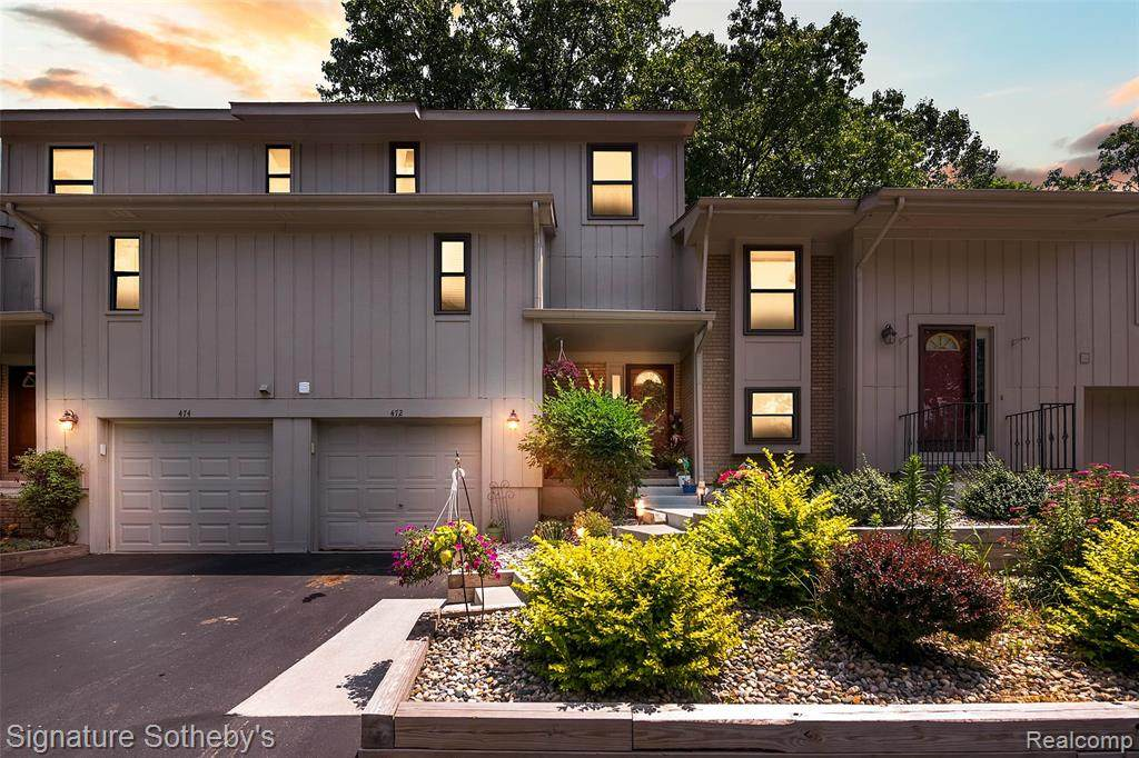 472 Forest Drive - Photo 1