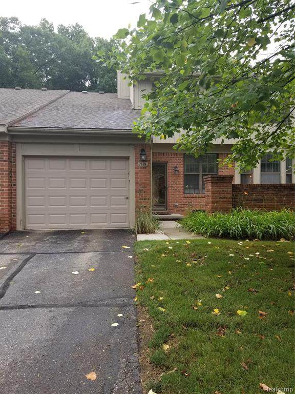 7196 Green Farm Road, West Bloomfield Twp, MI 48322 (#2200056767) :: RE/MAX Nexus