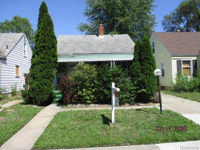 19394 Anglin Street, Detroit, MI 48234 (#2200058563) :: The Alex Nugent Team | Real Estate One