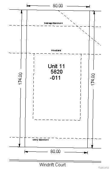 5820 Windrift Court, West Bloomfield Twp, MI 48324 (MLS #2200060859) :: The Toth Team