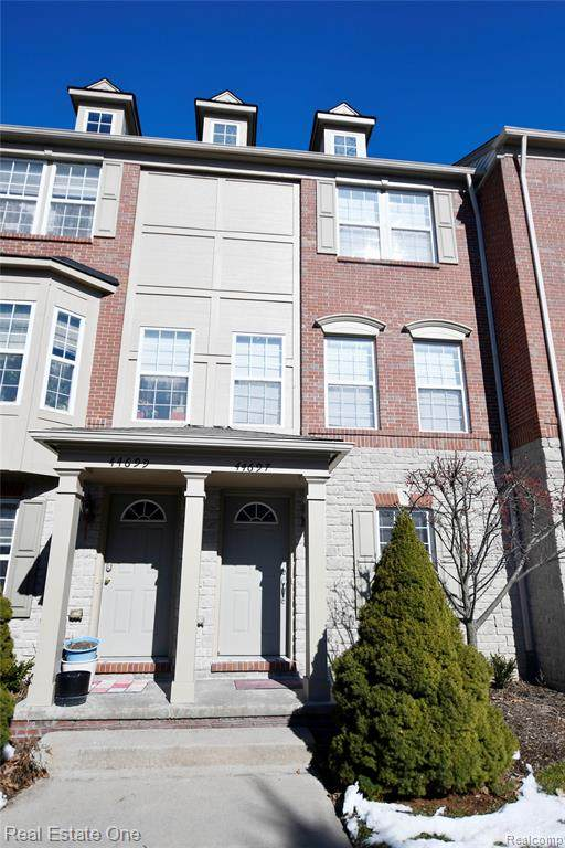 44697 Ellery Lane #70, Novi, MI 48377 (#2200062375) :: The Alex Nugent Team   Real Estate One