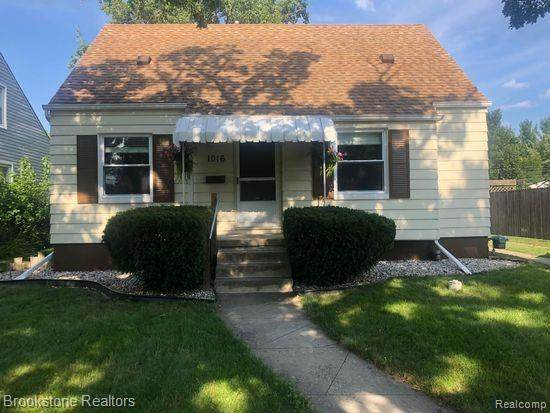 1016 Pinecrest Drive, Ferndale, MI 48220 (#2200062817) :: RE/MAX Nexus