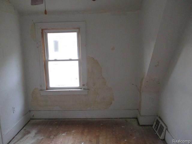14306 Coyle Street, Detroit, MI 48227 (#2200063309) :: The Alex Nugent Team | Real Estate One