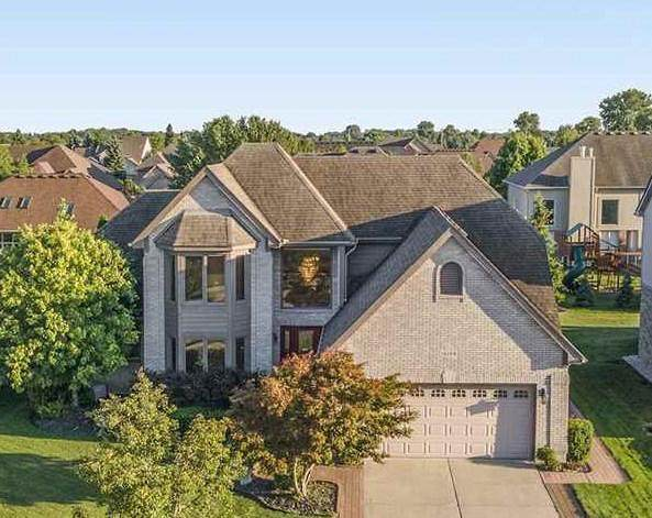 16184 Forest Way, Macomb Twp, MI 48042 (#58050019966) :: The Alex Nugent Team | Real Estate One