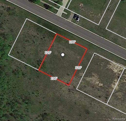 4457 Edison Boulevard, Fenton Twp, MI 48451 (MLS #2200065326) :: The Toth Team