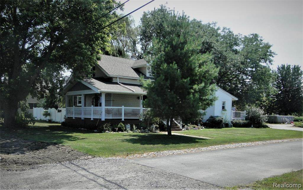 3427 Erie Road - Photo 1