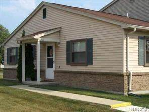 20121 Cumberland Court, Brownstown Twp, MI 48183 (#2200071073) :: Duneske Real Estate Advisors