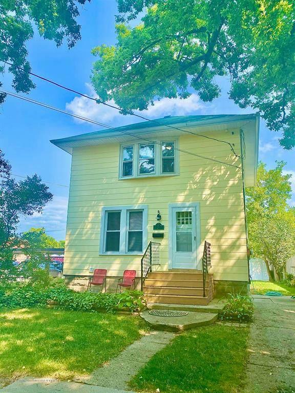 127 S Clemens Avenue, Lansing, MI 48912 (#630000249273) :: Novak & Associates