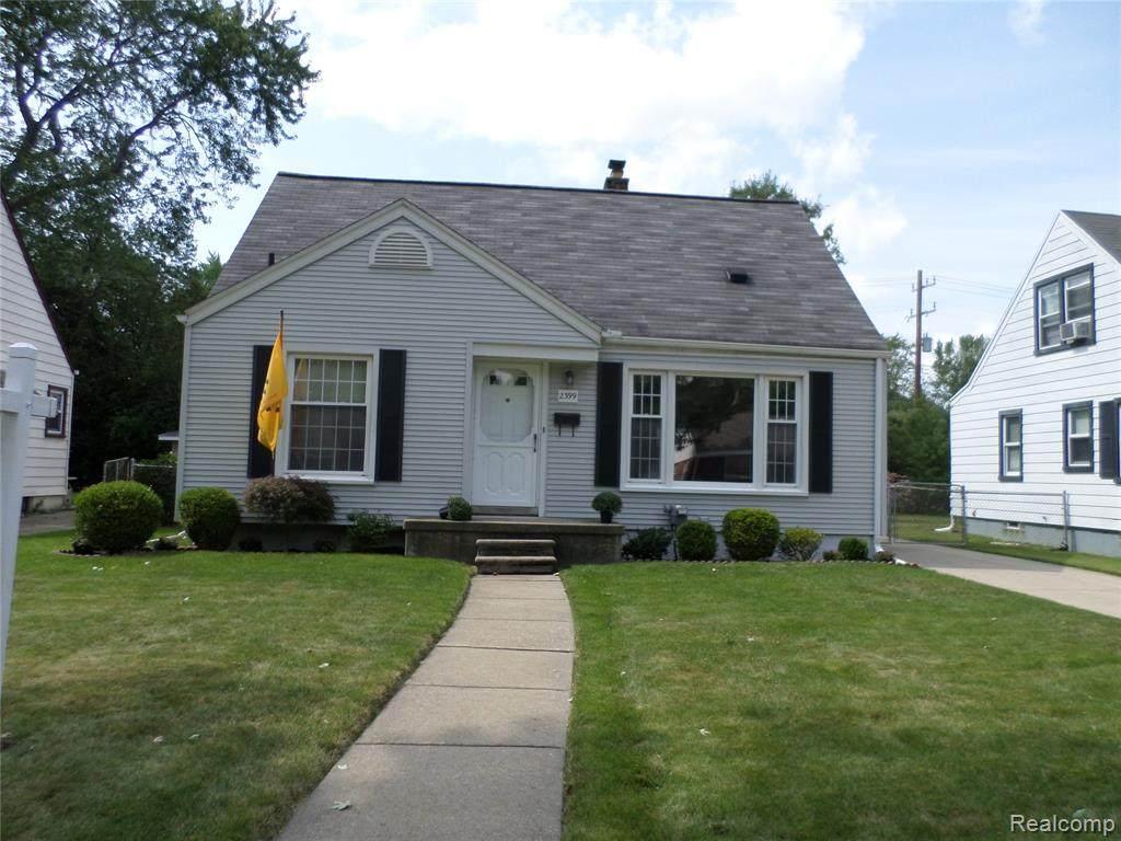 2399 Thomas Avenue - Photo 1