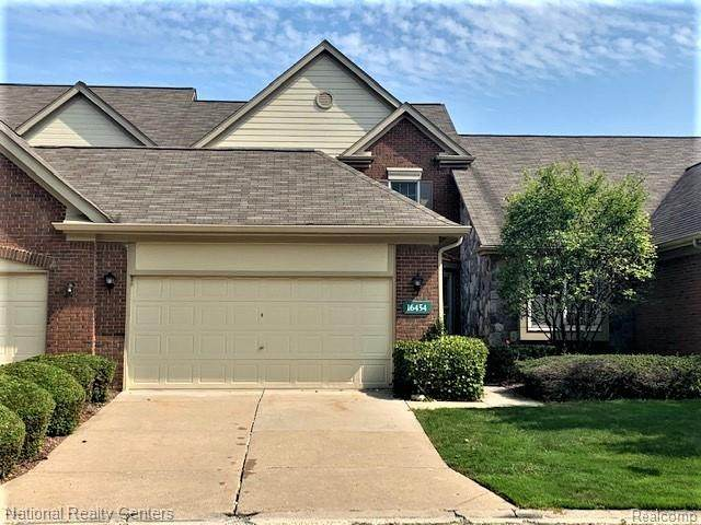 16454 Country Knoll Drive, Northville Twp, MI 48168 (#2200073896) :: RE/MAX Nexus